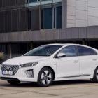 Hyundai Ioniq Hybrid (2020 facelift, AE, first generation) photos