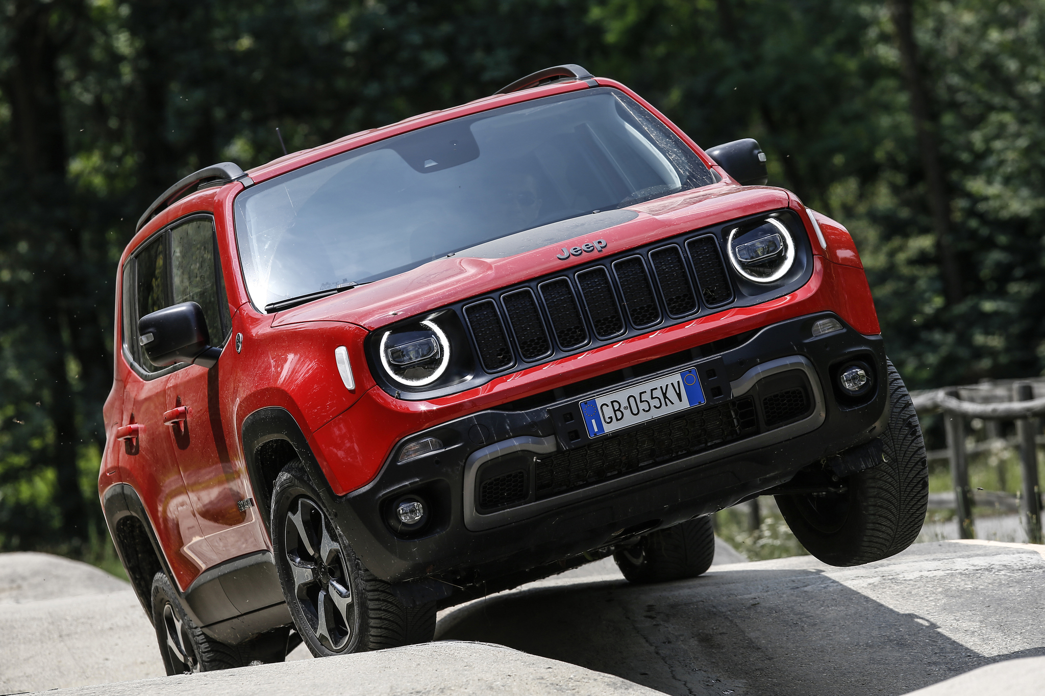 jeep renegade 4xe plugin hybrid 2021 first generation