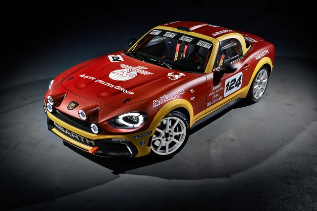 Abarth 124 Spider Rally - front