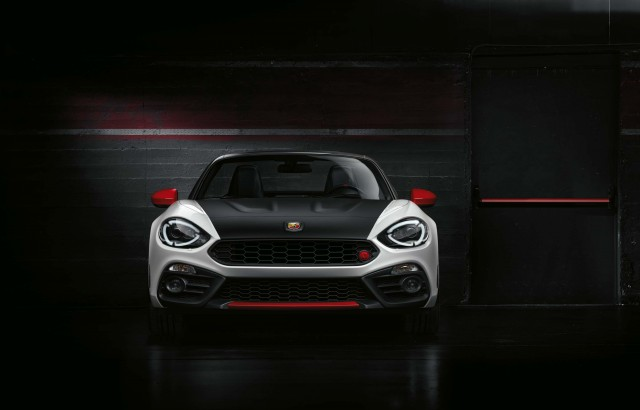 Abarth 124 Spider - nose