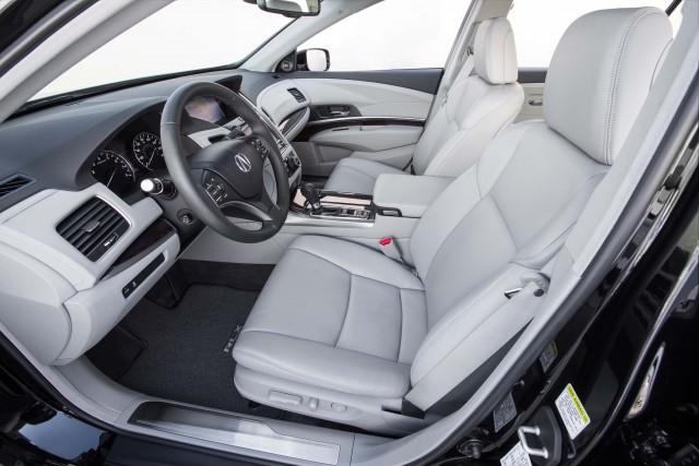 2016 Acura RLX - front seats