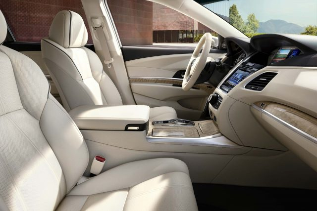 2018 Acura RLX SH-AWD facelift - front seats