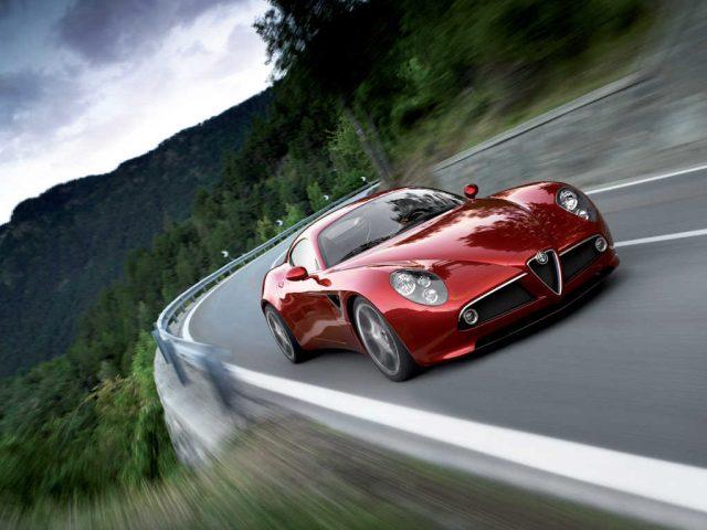 Alfa Romeo 8C Competizione - front