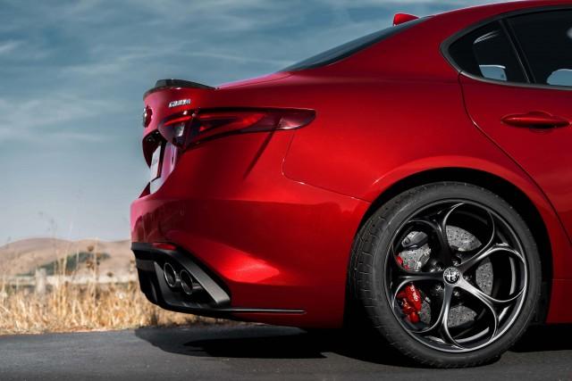 2017 Alfa Romeo Giulia Quadrifoglio - tail