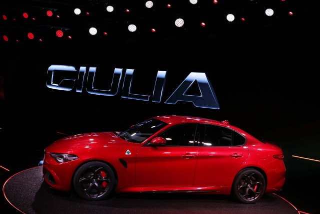 Type 952 Alfa Romeo Giulia Quadrifoglio Verde - side, red, at launch event