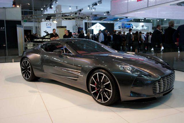 Aston Martin One-77 - front