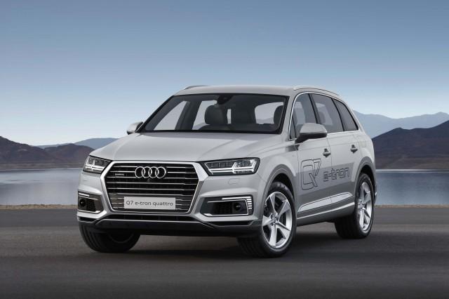 Audi Q7 e-tron 2.0 Quattro - front