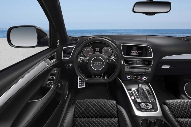 Type 85 Audi SQ5 TDI Plus - interior