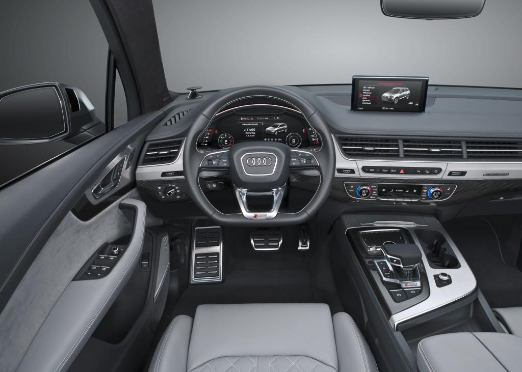 Audi SQ7 TDI (Type 4M) - interior, dashboard