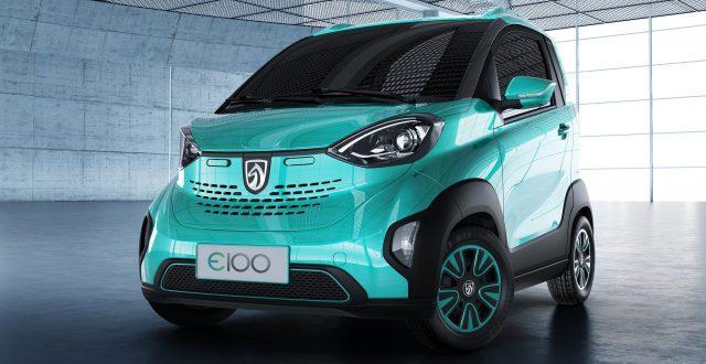 2017 Baojun E100 - front, aqua
