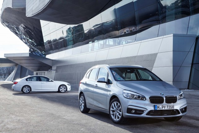 BMW 225xe Active Tourer (F45) and 330e (F30) photo gallery