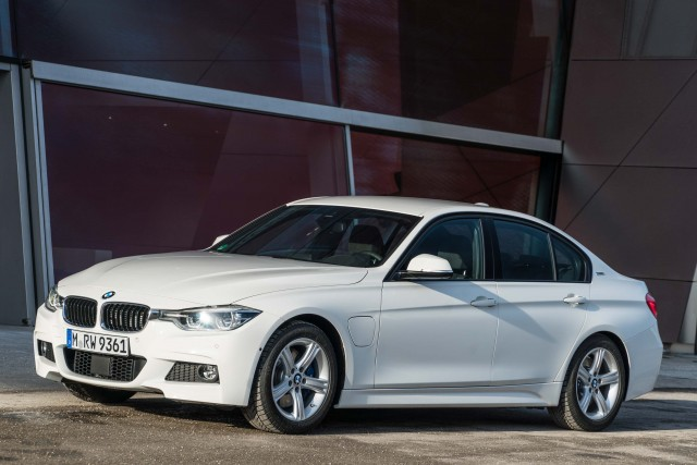 2019 Bmw 3 Series To Be Made In Mexico At New Plant Between The Axles