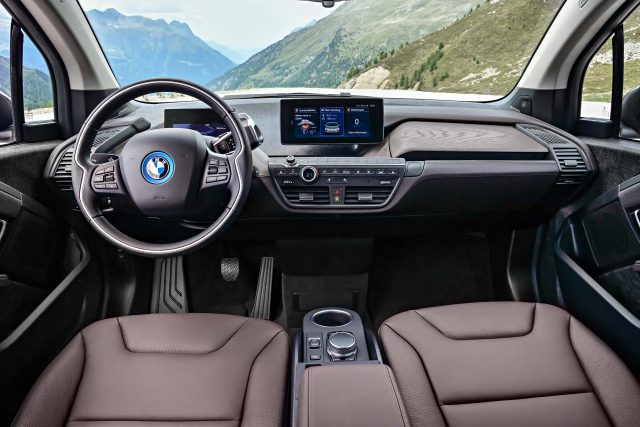 2018 BMW i3s facelift - interior, brown leather, dashboard