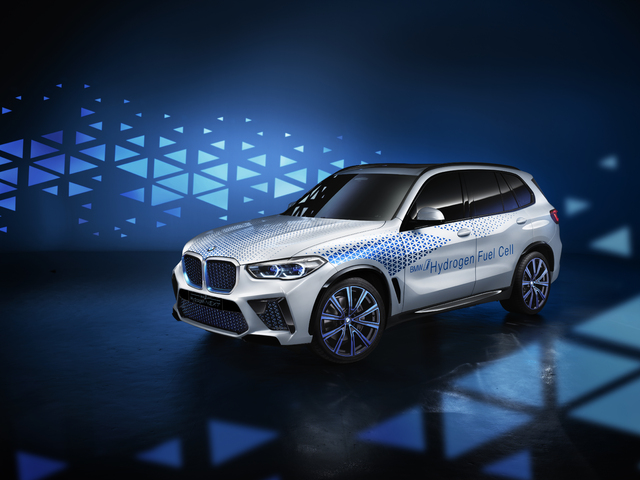 2019 BMW i Hydrogen Next concept