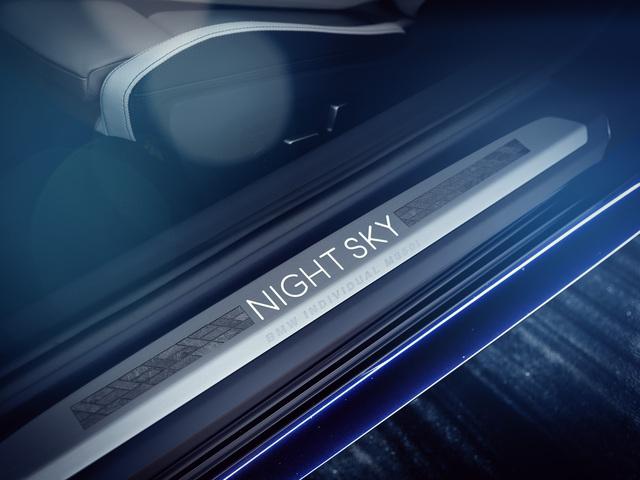 2019 BMW 8-Series Night Sky