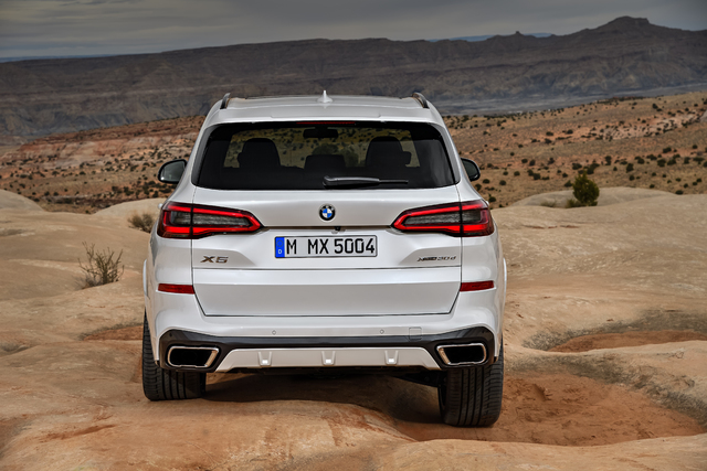 2019 BMW X5 - wheel articulation