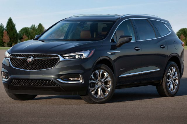 Buick Enclave Vs Chevrolet Traverse What Are The Differences - Buick chevrolet