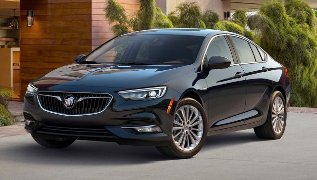 2018 Buick Regal Sportback - front