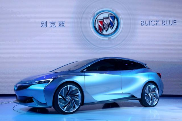 2016 Buick Velite concept - on stage