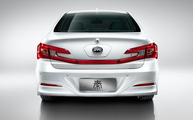BYD Qin - rear, white