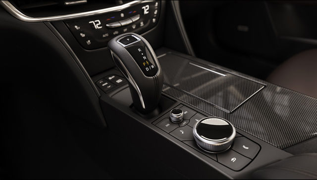 The 2019 CT6 V-Sport offers a connective environment, with a sma