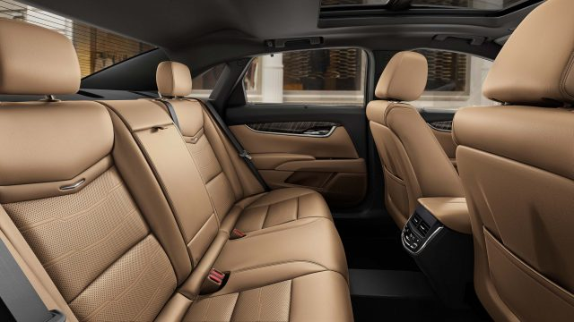 2018 Cadillac XTS Platinum facelift - rear seats