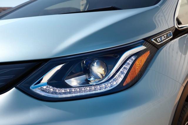 2017 Chevrolet Bolt EV - headlights