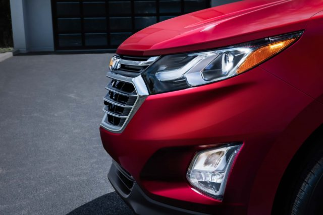 2018 Chevrolet Equinox - headlamps, grille