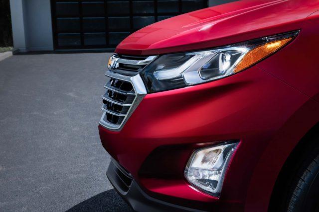 2018 Chevrolet Equinox - headlamps, grille