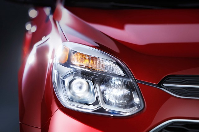 MY2016 Chevrolet Equinox LTZ Headlamp