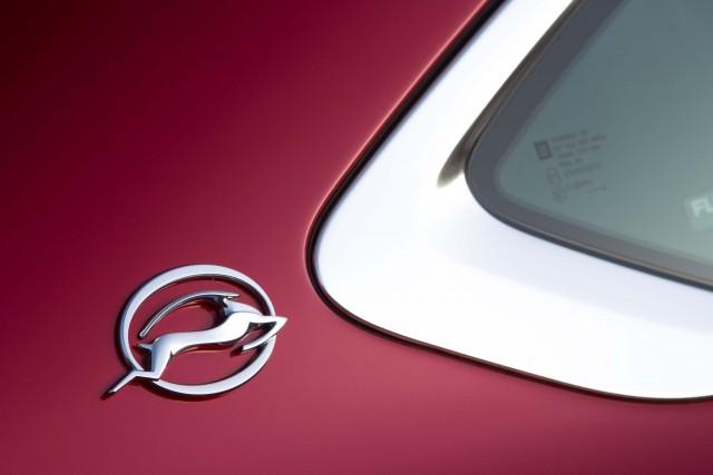 2016 Chevrolet Impala - D-pillar badge