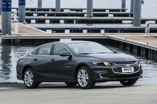 Chevrolet Malibu XL (2016, China, 9th generation) photos | Between the ...
