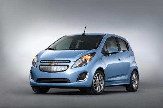 2014 Chevrolet Spark - front, blue