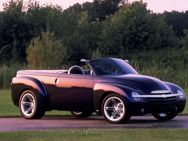 Chevrolet Ssr Convertible Pickup Concept 2000 Photo