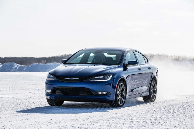 2015 Chrysler 200S AWD - front, snow, blue