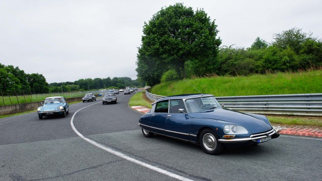 Citroen DS 60th anniversary meeting - blue