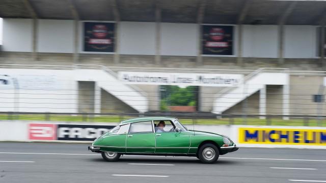 Citroen DS 60th anniversary meeting - green