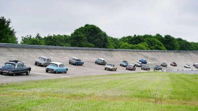 Citroen DS 60th anniversary meeting - DS on banking bend