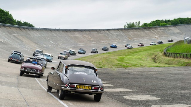 Citroen DS 60th anniversary meeting - rear