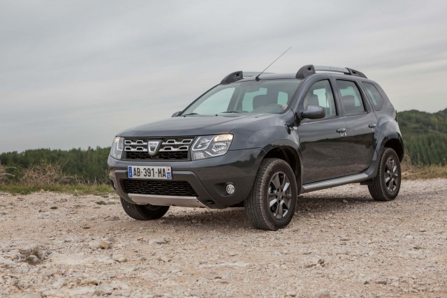2013 Dacia Duster - front
