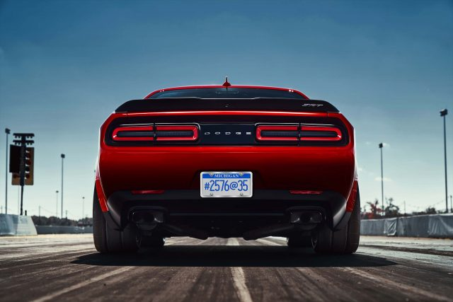 2018 Dodge Challenger SRT Demon reveals the car