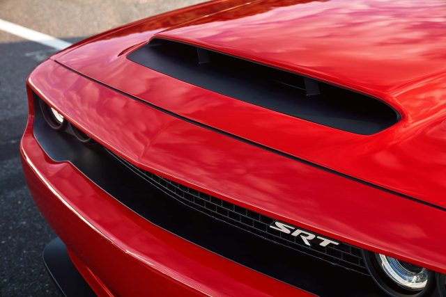 The functional Air-Grabber™ hood scoop on the 2018 Dodge Chall