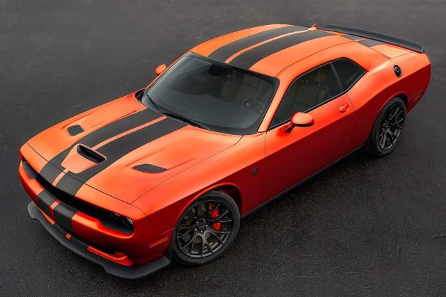 Dodge Challenger SRT Hellcat Go Mango - front
