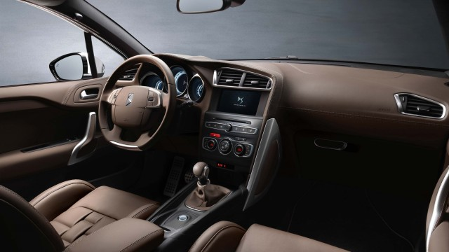 DS 4 facelift (2015) - interior