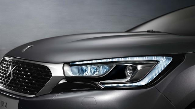 DS 4 facelift (2015) - headlights