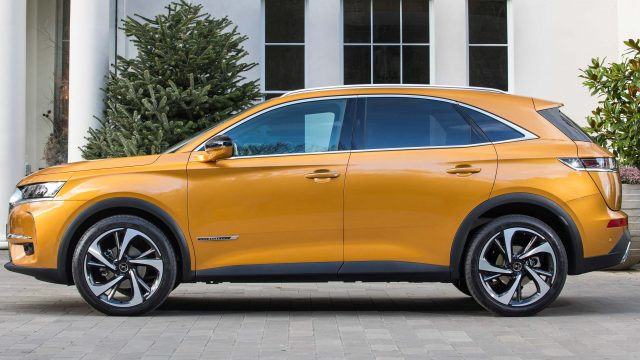 2018 DS 7 Crossback - yellow, side