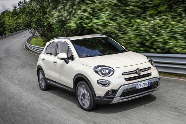 fiat 500x 2019 facelift type 334 first generation photos between the axles. Black Bedroom Furniture Sets. Home Design Ideas