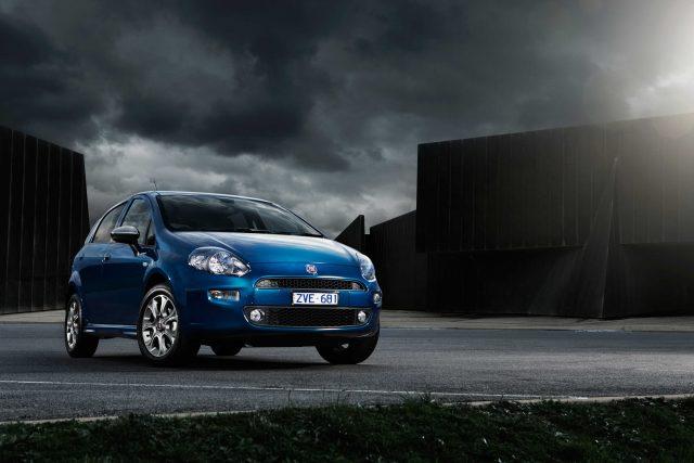 Fiat Punto Lounge  - blue, front