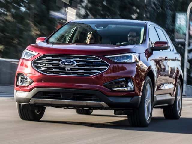 2019 Ford Edge Titanium facelift - front, red/burgundy