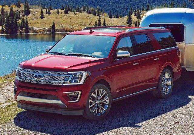 2018 Ford Expedition - front, red